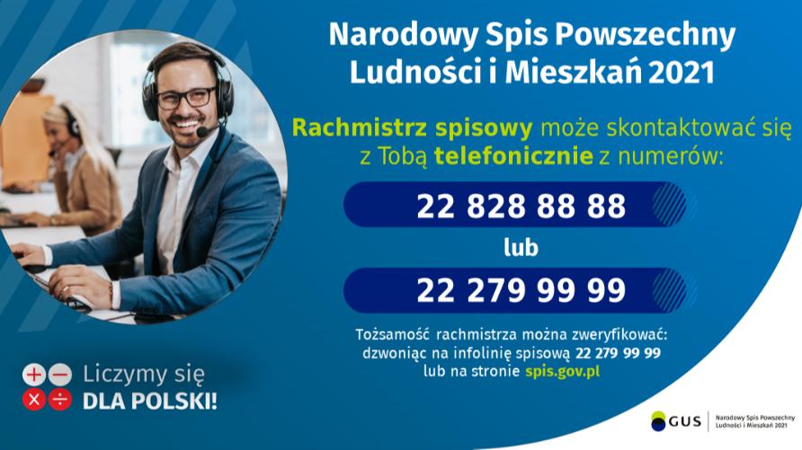 Obraz przedstawia uśmiechniętego mężczyznę z nałożonym zestawem słuchawkowym oraz napisy z numerami telefonów