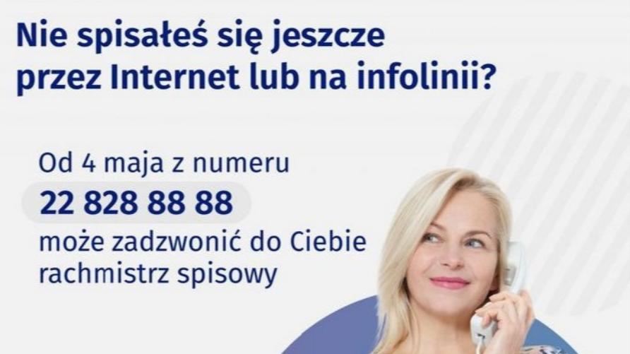 Grafika zawiera numery telefonów oraz kobietę trzymającą w dłoni telefon